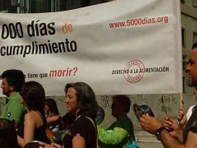 Imagen de una de las actividad reivindicativas de la campaña Derecho a la alimentación URGENTE